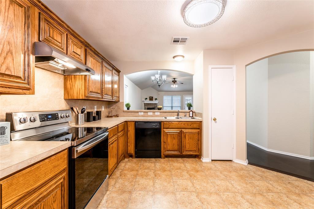 2309 Halladay Trail, Fort Worth, Texas 76108 - acquisto real estate best prosper realtor susan cancemi windfarms realtor