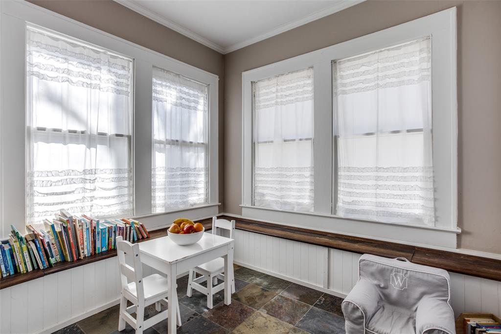 5338 Vanderbilt Avenue, Dallas, Texas 75206 - acquisto real estate best style realtor kim miller best real estate reviews dfw