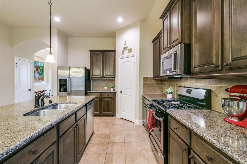 583 Fate Main Place, Fate, Texas 75087 - acquisto real estate best real estate company to work for