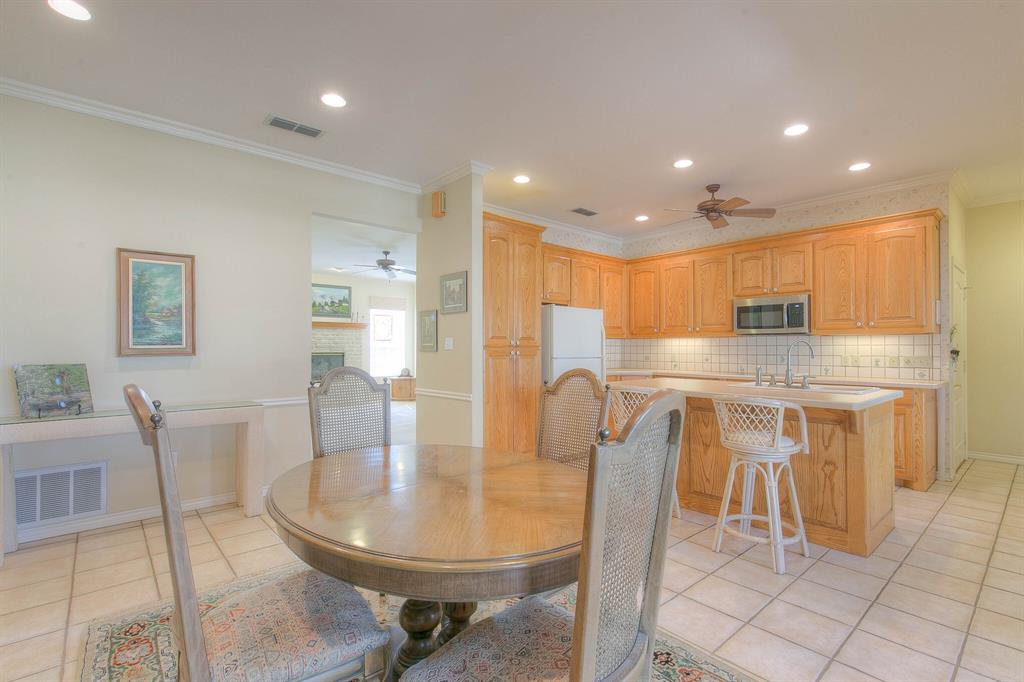 6510 Circo Drive, Granbury, Texas 76049 - acquisto real estate best real estate company to work for