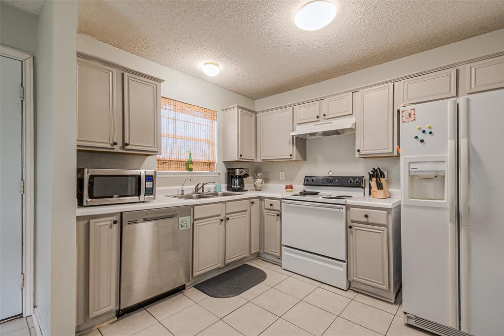 4545 Posada Drive, Dallas, Texas 75211 - acquisto real estate best highland park realtor amy gasperini fast real estate service