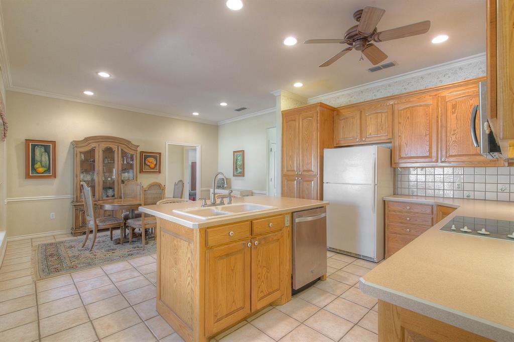 6510 Circo Drive, Granbury, Texas 76049 - acquisto real estate best new home sales realtor linda miller executor real estate