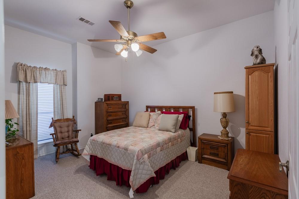 1060 Tumbleweed Drive, Waxahachie, Texas 75167 - acquisto real estate best real estate company to work for
