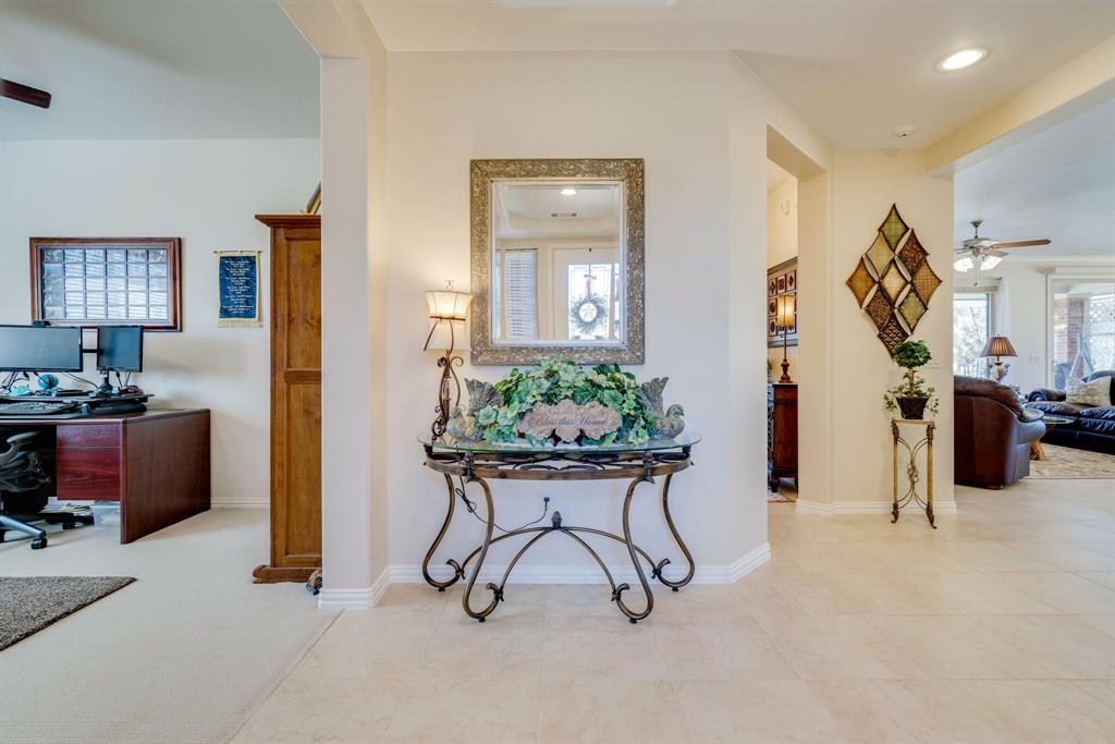 9004 Freeport Drive, Denton, Texas 76207 - acquisto real estate best real estate company to work for