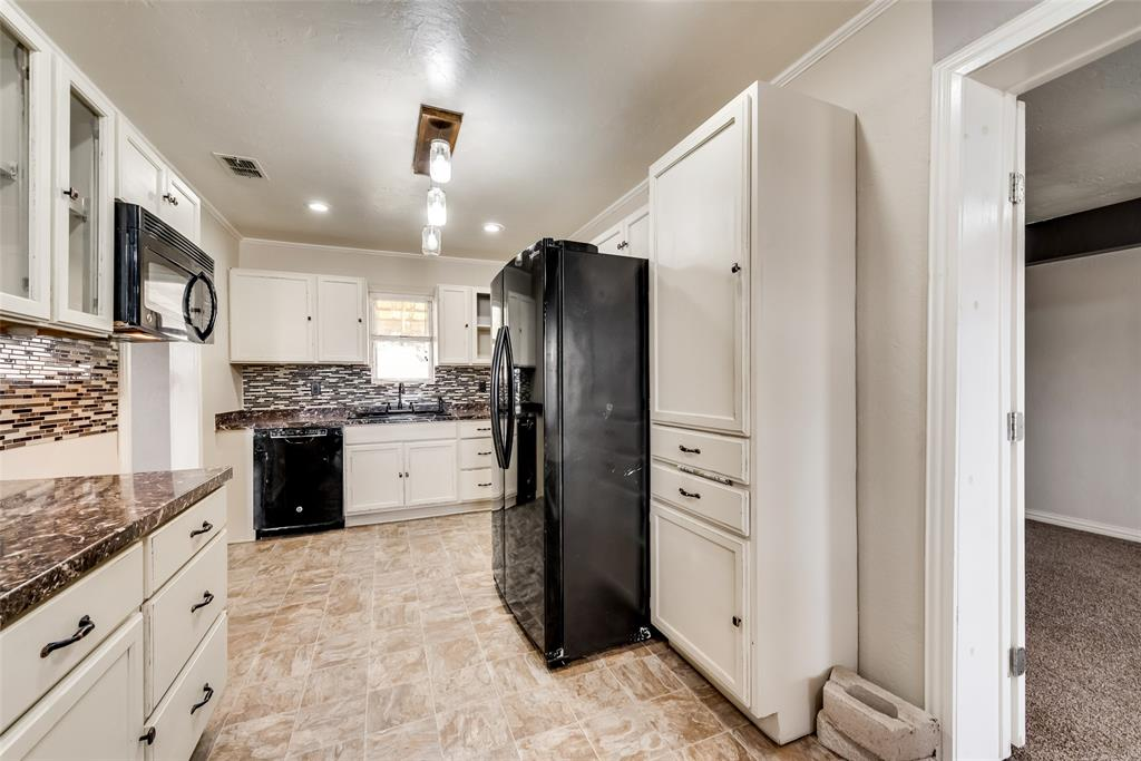 104 Buchanan Boulevard, Corsicana, Texas 75110 - acquisto real estate best real estate company to work for