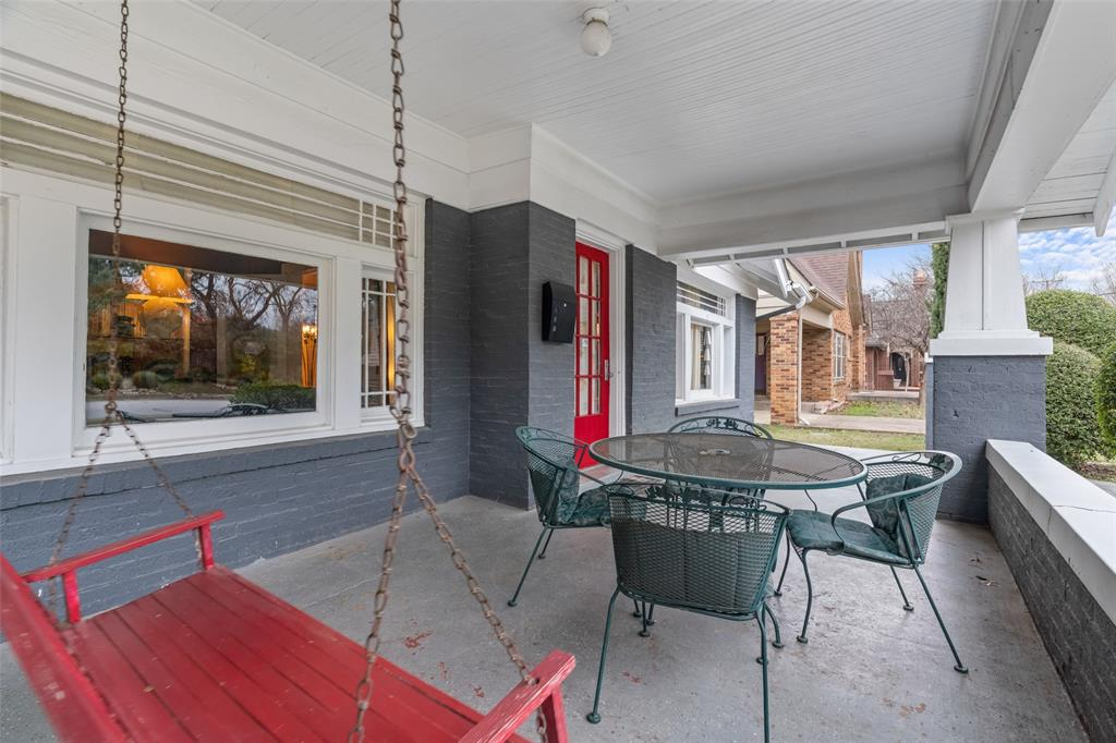 1816 Forest Park Boulevard, Fort Worth, Texas 76110 - acquisto real estate best allen realtor kim miller hunters creek expert