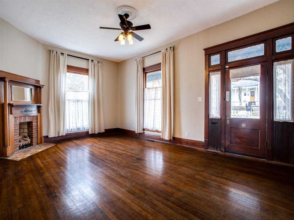 601 Parker Street, McKinney, Texas 75069 - acquisto real estate best celina realtor logan lawrence best dressed realtor