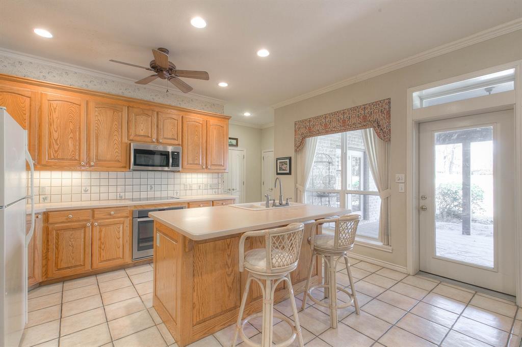 6510 Circo Drive, Granbury, Texas 76049 - acquisto real estate best luxury buyers agent in texas shana acquisto inheritance realtor