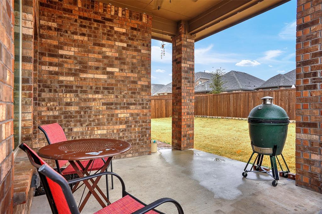 948 Bluebird Way, Celina, Texas 75009 - acquisto real estate best negotiating realtor linda miller declutter realtor