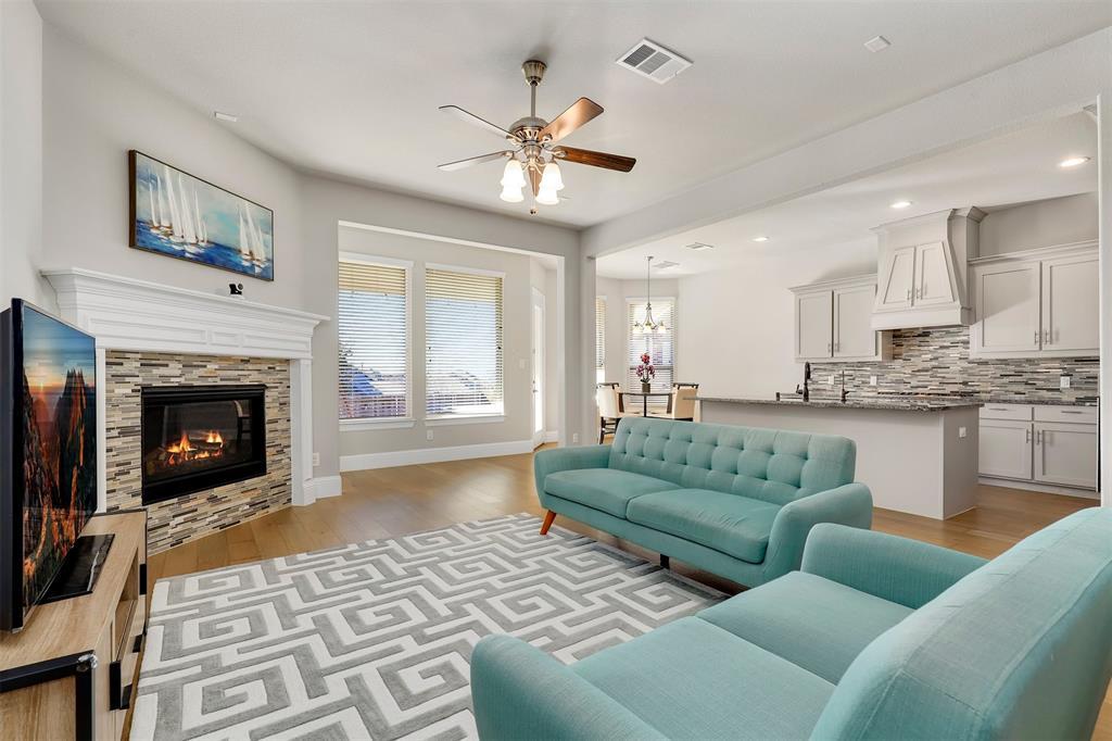 300 Ridgewood Drive, Lewisville, Texas 75067 - acquisto real estate best celina realtor logan lawrence best dressed realtor