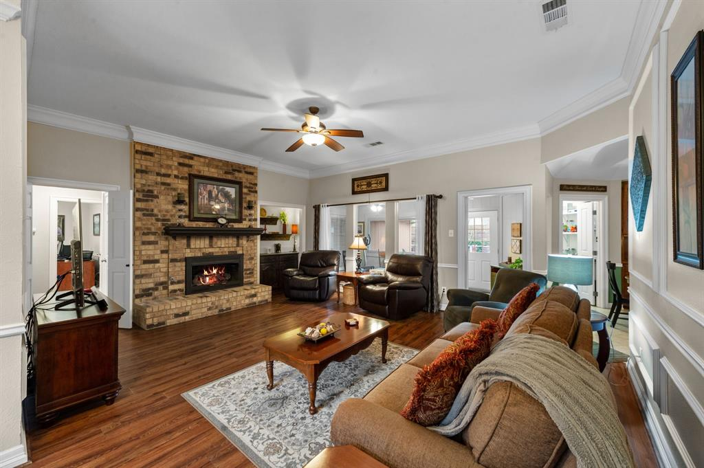 3901 Thornhill Way, Rowlett, Texas 75088 - acquisto real estate best the colony realtor linda miller the bridges real estate