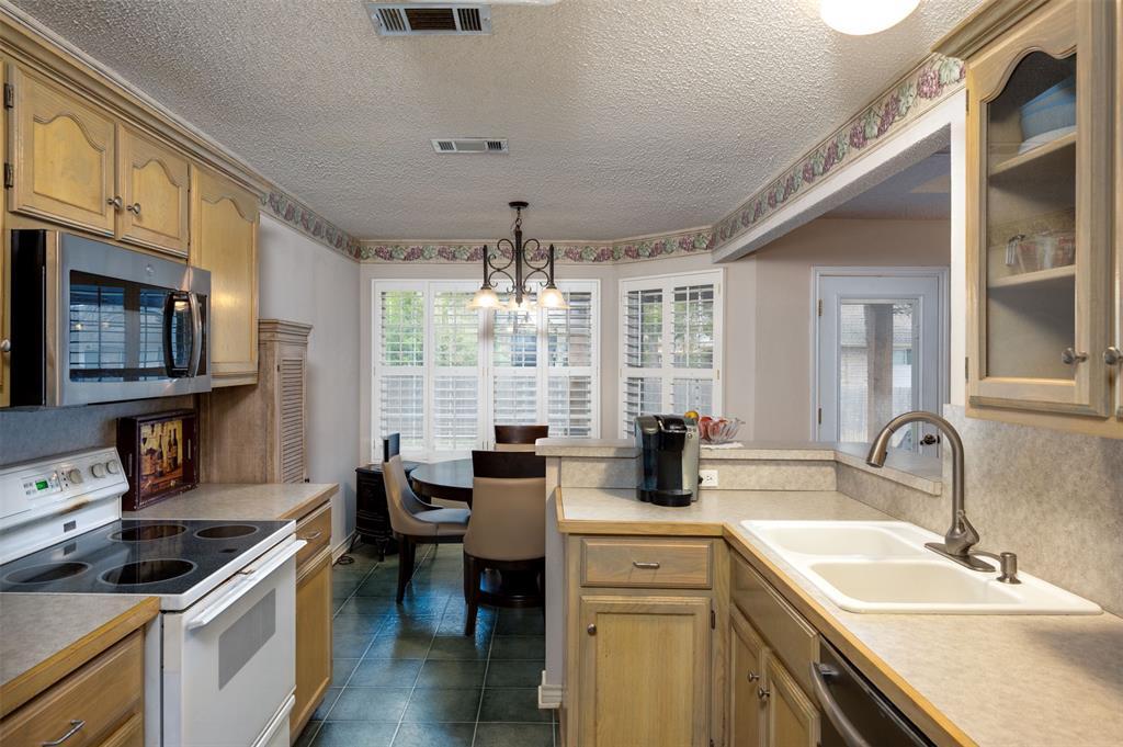 1108 LINDA Lane, Greenville, Texas 75402 - acquisto real estate best luxury buyers agent in texas shana acquisto inheritance realtor