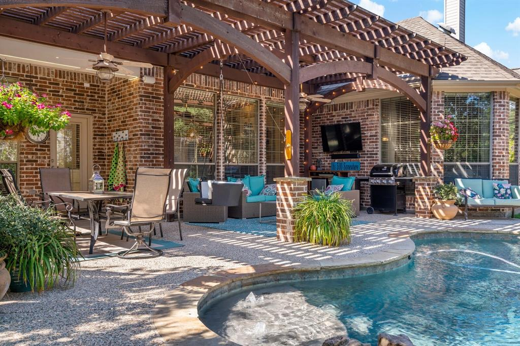 1100 Duttons Meadow Lane, McKinney, Texas 75071 - acquisto real estate agent of the year mike shepherd