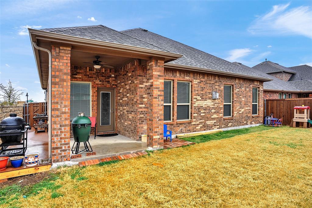 948 Bluebird Way, Celina, Texas 75009 - acquisto real estate best park cities realtor kim miller best staging agent