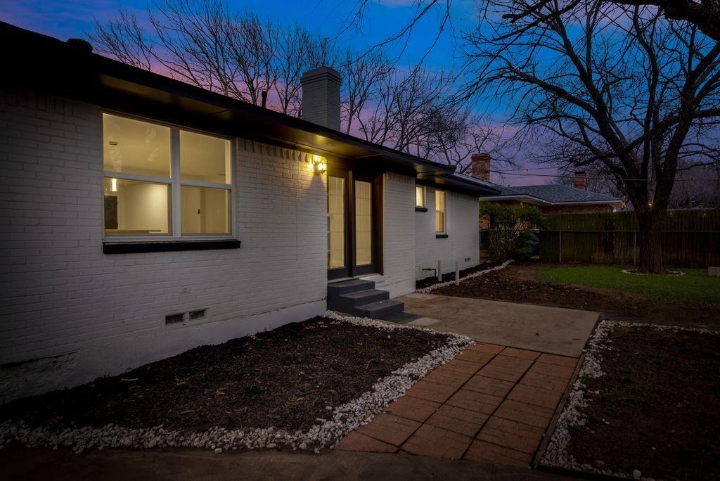 623 Greenleaf Drive, Richardson, Texas 75080 - acquisto real estate best negotiating realtor linda miller declutter realtor