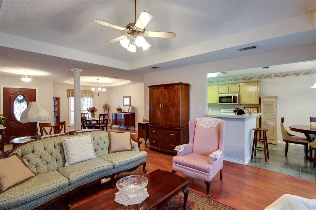 1108 LINDA Lane, Greenville, Texas 75402 - acquisto real estate best highland park realtor amy gasperini fast real estate service
