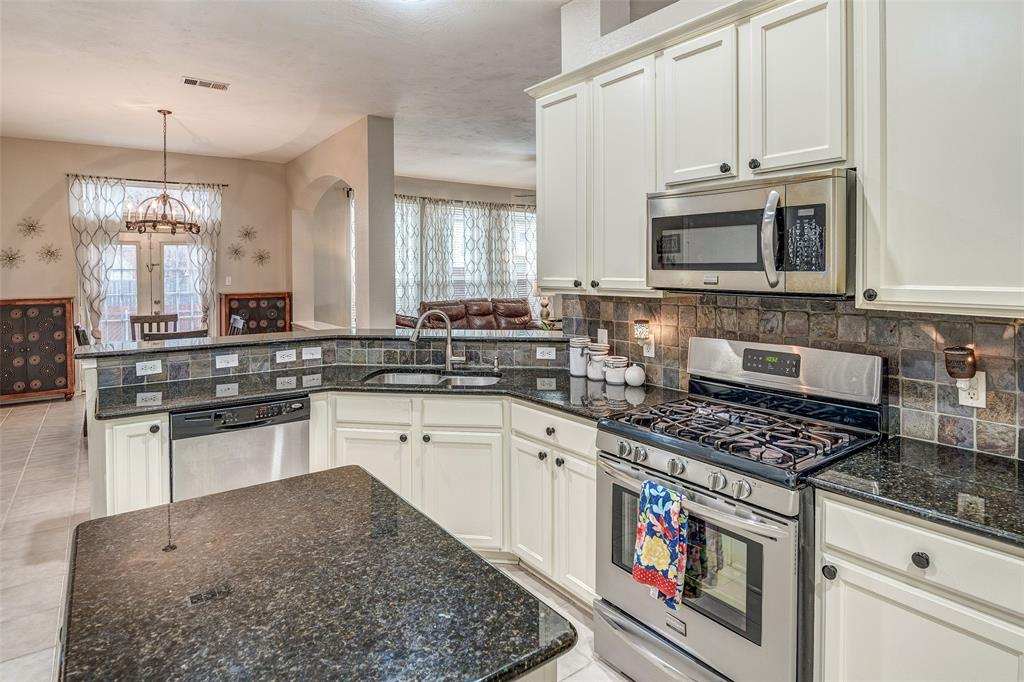 5400 Rockwood Drive, The Colony, Texas 75056 - acquisto real estate best new home sales realtor linda miller executor real estate