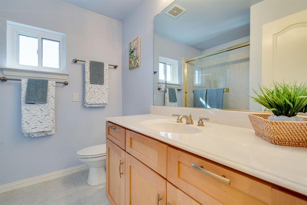 10901 Sandstone  Drive, Denton, Texas 76207 - acquisto real estate best looking realtor in america shana acquisto