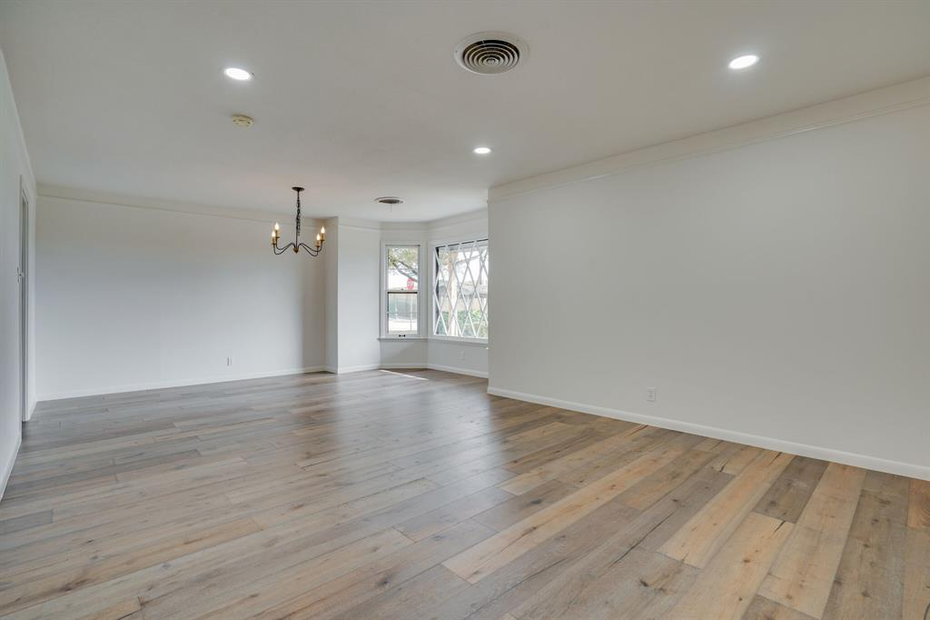 400 Plainview Drive, Hurst, Texas 76054 - acquisto real estate best celina realtor logan lawrence best dressed realtor
