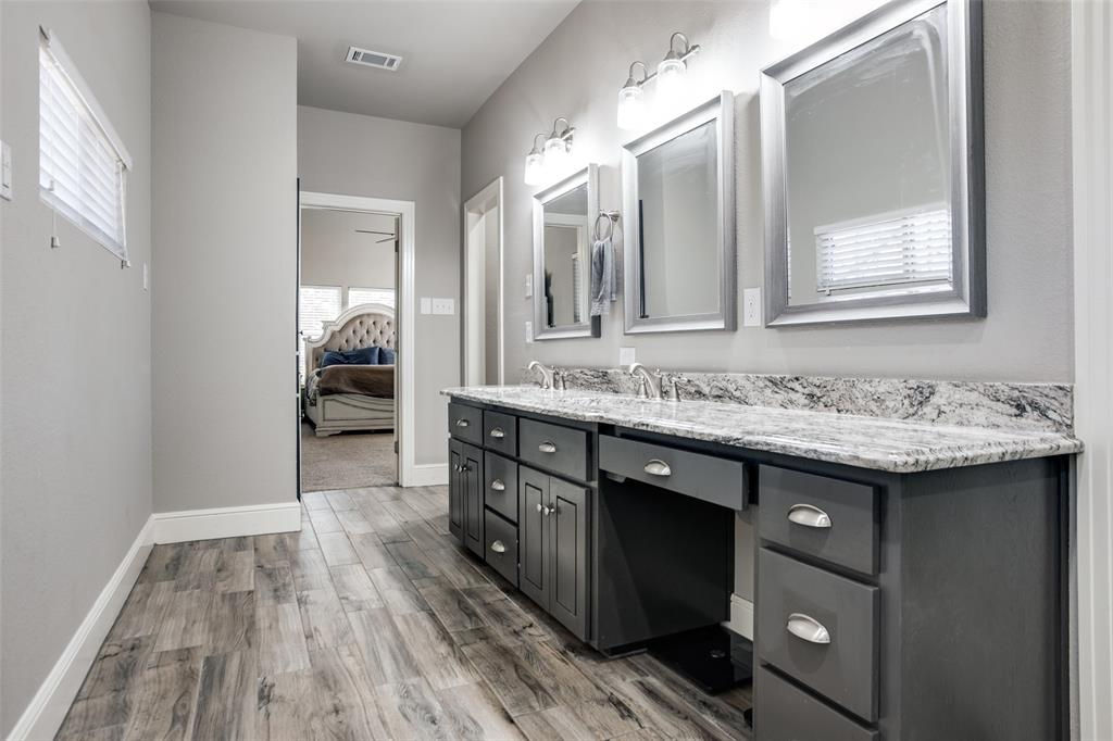 223 Oklahoma  Avenue, Pottsboro, Texas 75076 - acquisto real estate best park cities realtor kim miller best staging agent