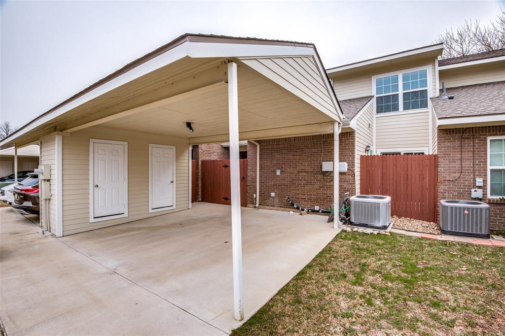 833 Summercreek Drive, Lewisville, Texas 75067 - acquisto real estate best realtor foreclosure real estate mike shepeherd walnut grove realtor