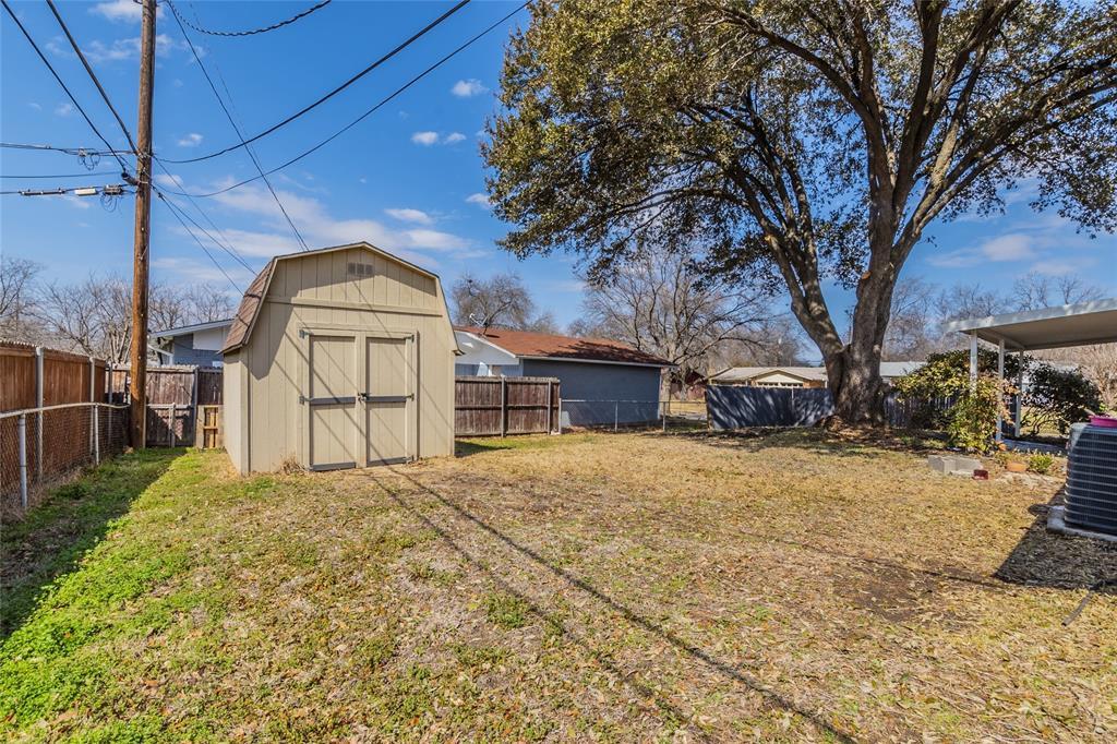 3025 Steven Street, Irving, Texas 75062 - acquisto real estate best realtor foreclosure real estate mike shepeherd walnut grove realtor