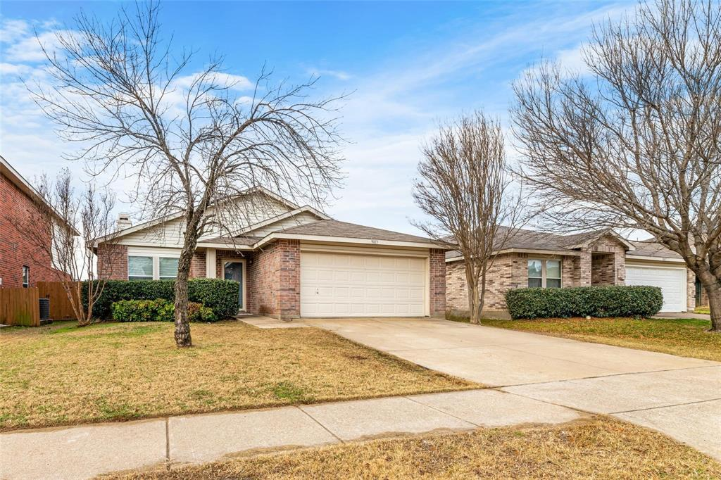 9013 Fremont Trail, Fort Worth, Texas 76244 - Acquisto Real Estate best frisco realtor Amy Gasperini 1031 exchange expert
