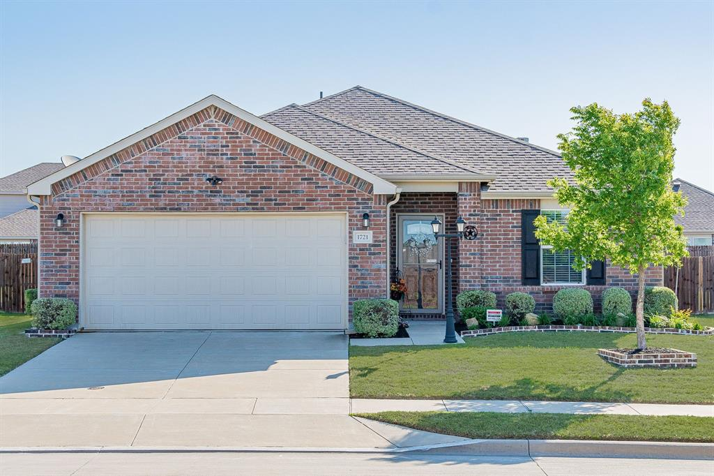 1721 Christopher Creek Drive, Little Elm, Texas 75068 - Acquisto Real Estate best plano realtor mike Shepherd home owners association expert