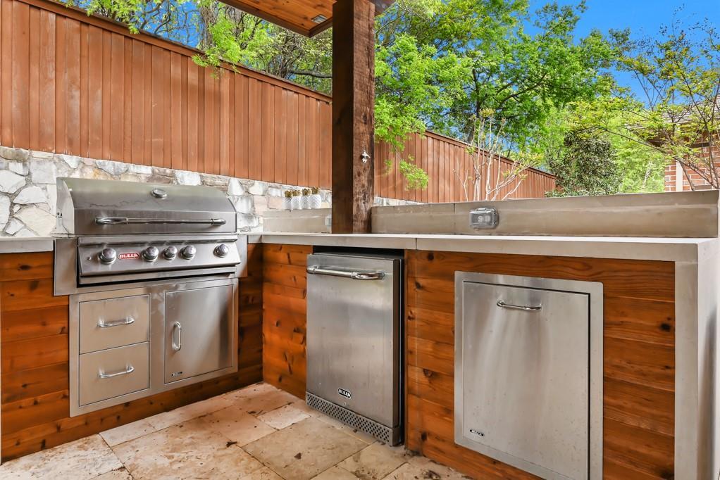 1404 Steepleview Lane, McKinney, Texas 75069 - acquisto real estate best negotiating realtor linda miller declutter realtor