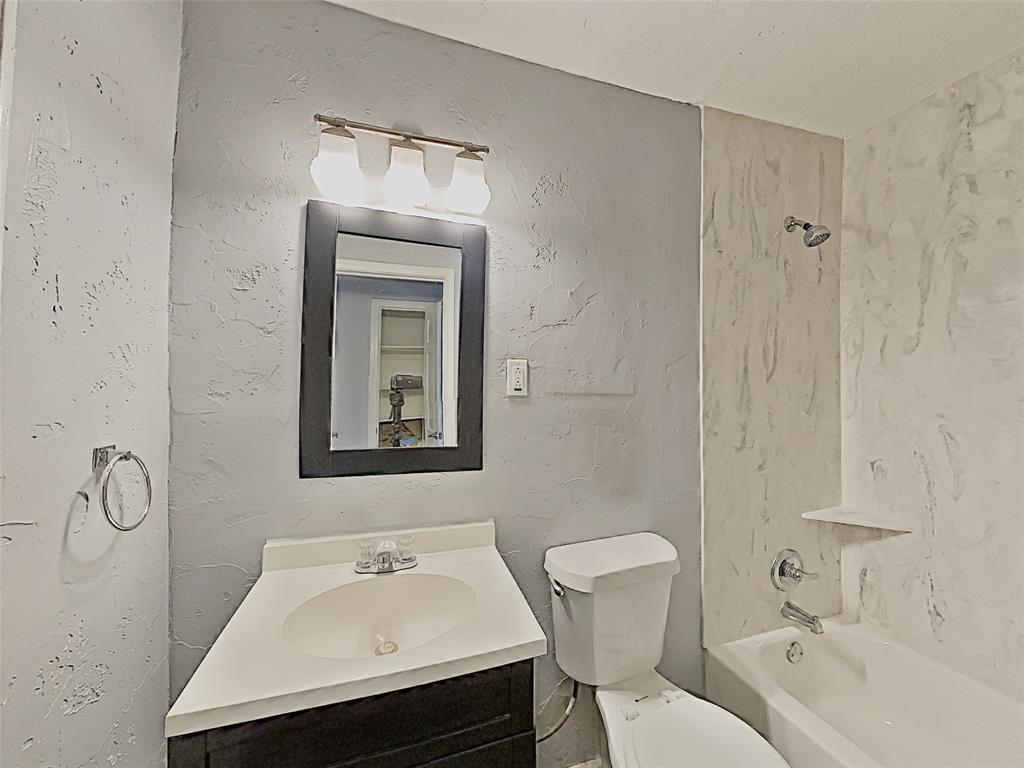 2712 Mission Street, Fort Worth, Texas 76109 - acquisto real estate best designer and realtor hannah ewing kind realtor