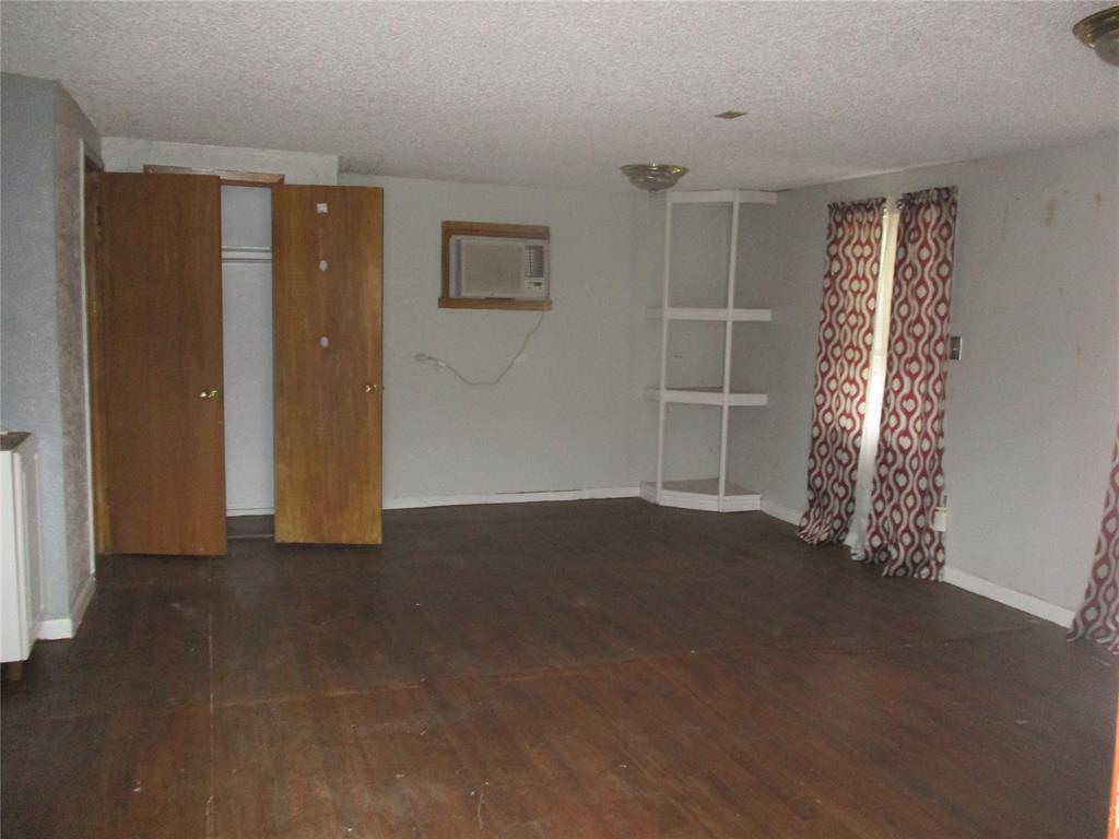 528 Wilson Street, Lancaster, Texas 75146 - acquisto real estate best designer and realtor hannah ewing kind realtor