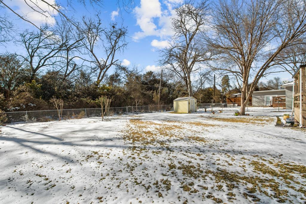 1824 Naylor Street, Dallas, Texas 75228 - acquisto real estate best frisco real estate agent amy gasperini panther creek realtor