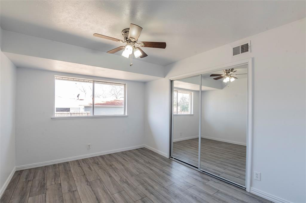 3025 Steven Street, Irving, Texas 75062 - acquisto real estate best listing agent in the nation shana acquisto estate realtor