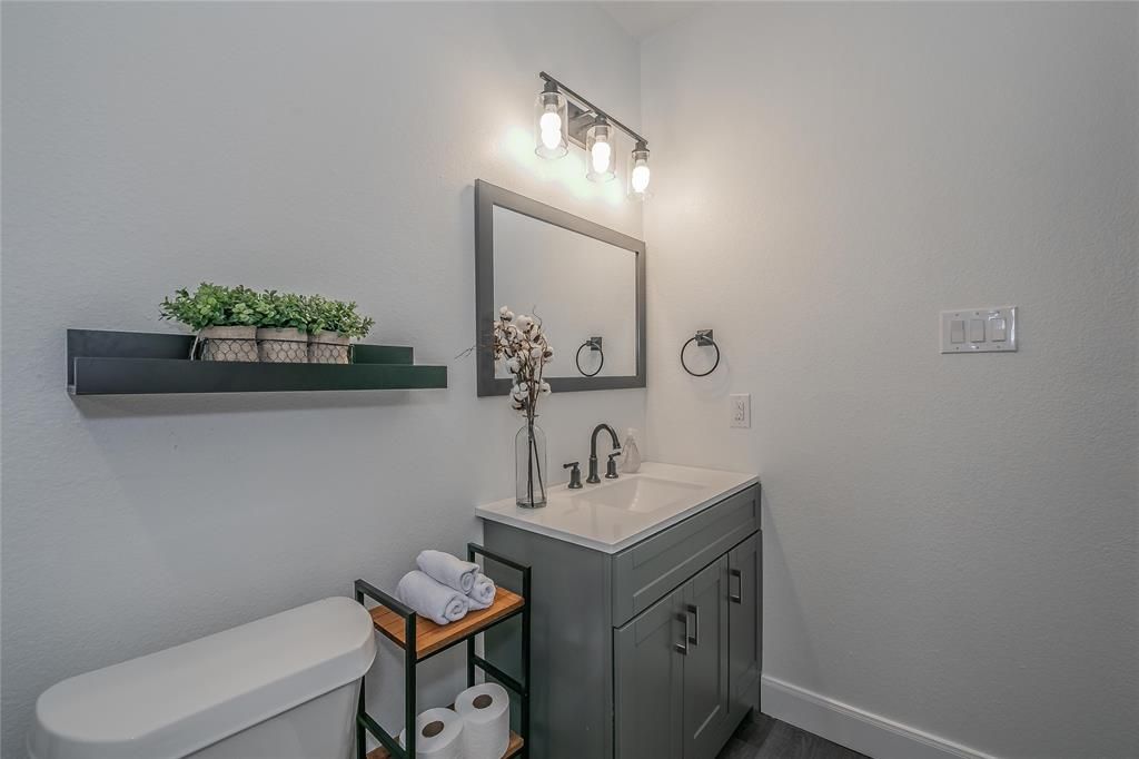2925 May Street, Fort Worth, Texas 76110 - acquisto real estaet best boutique real estate firm in texas for high net worth sellers