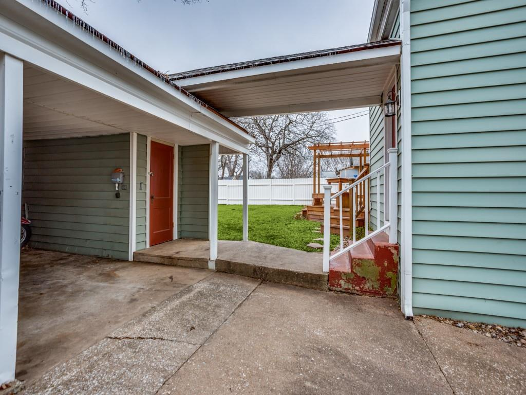 919 College Street, Sherman, Texas 75092 - acquisto real estate best realtor foreclosure real estate mike shepeherd walnut grove realtor