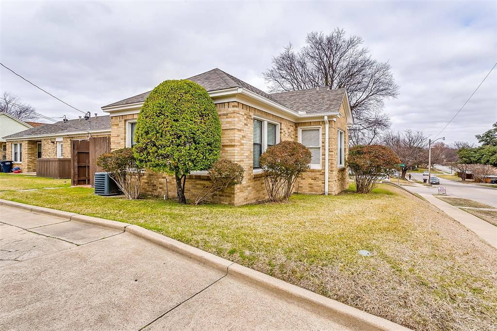 4405 Pershing Fort Worth, Texas 76107 - acquisto real estaet best boutique real estate firm in texas for high net worth sellers