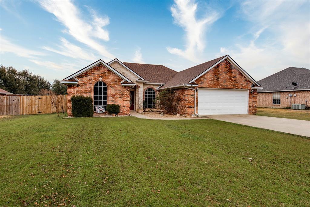305 Blackmon Trail, Bells, Texas 75414 - Acquisto Real Estate best mckinney realtor hannah ewing stonebridge ranch expert