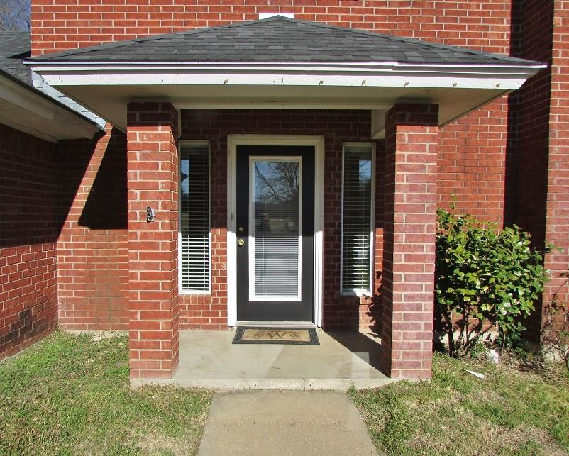 1221 Prairie Wind Boulevard, Stephenville, Texas 76401 - acquisto real estate best celina realtor logan lawrence best dressed realtor