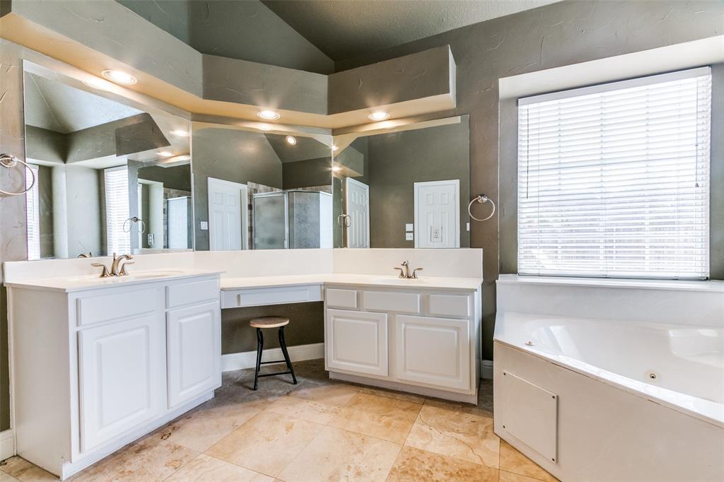3313 Devonshire Court, Flower Mound, Texas 75022 - acquisto real estate best investor home specialist mike shepherd relocation expert