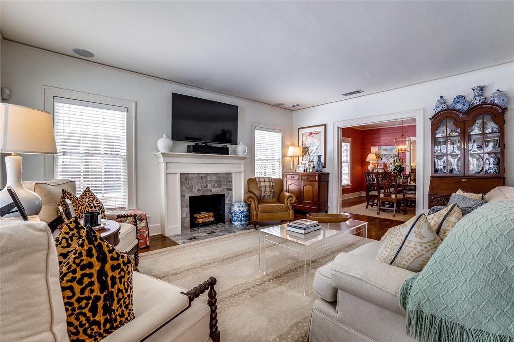 5827 Morningside Avenue, Dallas, Texas 75206 - acquisto real estate best prosper realtor susan cancemi windfarms realtor