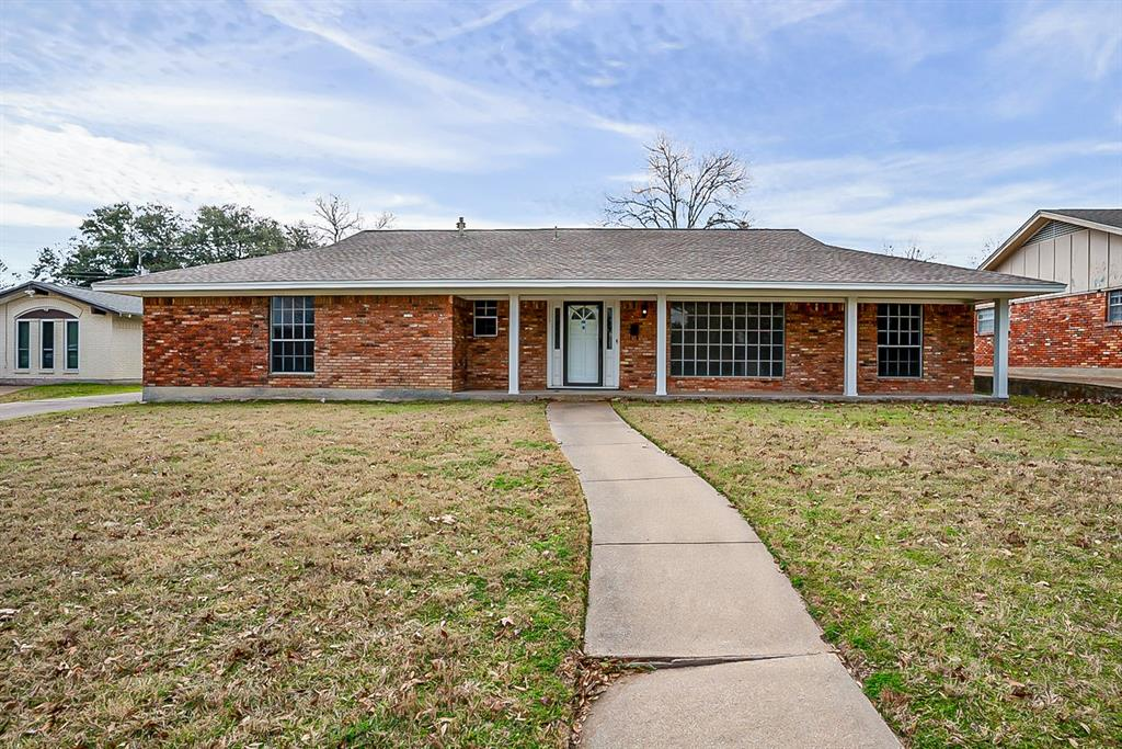 6129 Whitman Avenue, Fort Worth, Texas 76133 - Acquisto Real Estate best plano realtor mike Shepherd home owners association expert