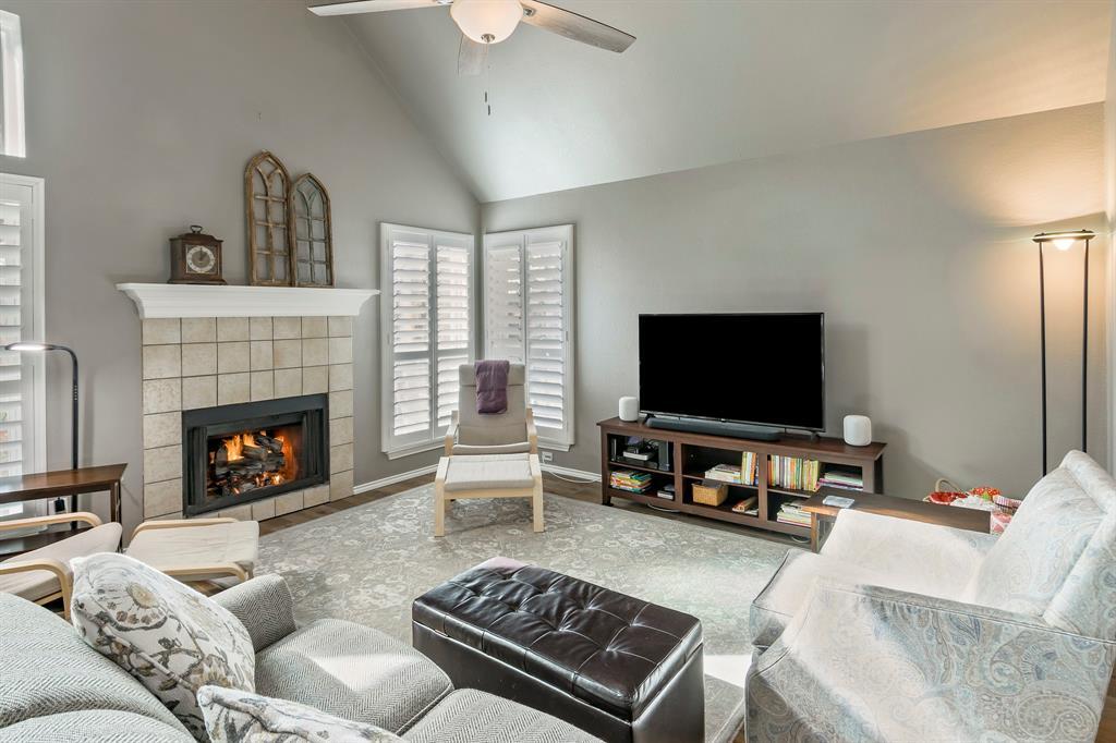 5415 MILL RUN Drive, McKinney, Texas 75072 - acquisto real estate best the colony realtor linda miller the bridges real estate