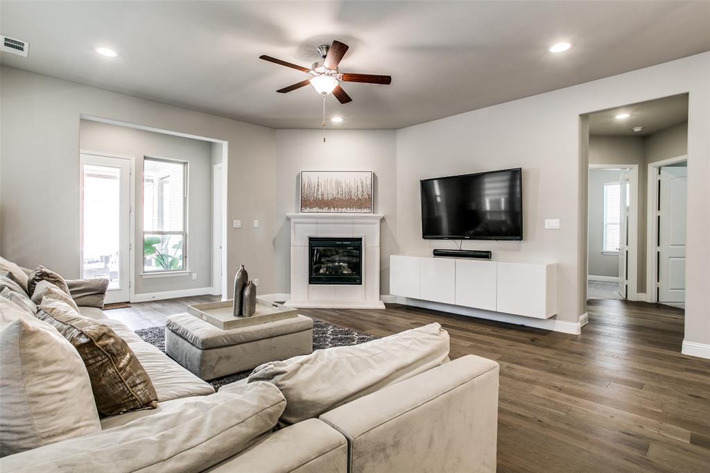 3433 Begonia Lane, Irving, Texas 75038 - acquisto real estate best celina realtor logan lawrence best dressed realtor