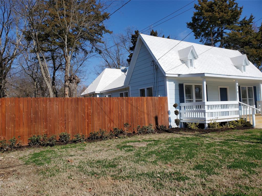 910 Sycamore  Street, Commerce, Texas 75428 - acquisto real estate best prosper realtor susan cancemi windfarms realtor