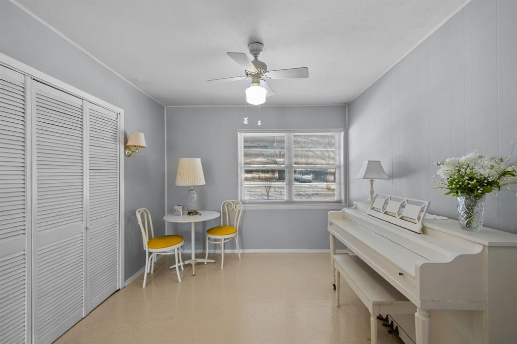 1824 Naylor Street, Dallas, Texas 75228 - acquisto real estate best investor home specialist mike shepherd relocation expert