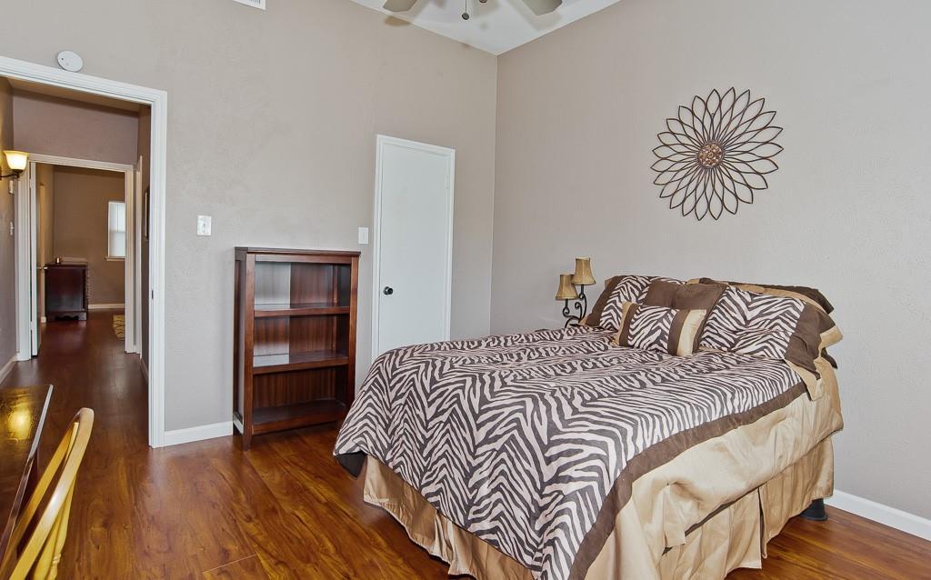 5105 Skillman  Street, Dallas, Texas 75206 - acquisto real estate best photos for luxury listings amy gasperini quick sale real estate
