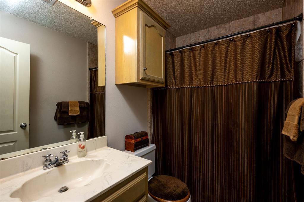 1108 LINDA Lane, Greenville, Texas 75402 - acquisto real estate best realtor dallas texas linda miller agent for cultural buyers