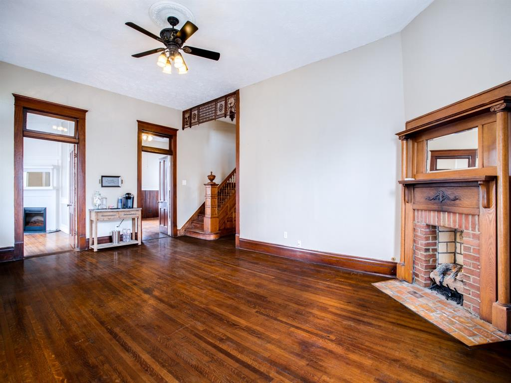 601 Parker Street, McKinney, Texas 75069 - acquisto real estate best real estate company in frisco texas real estate showings