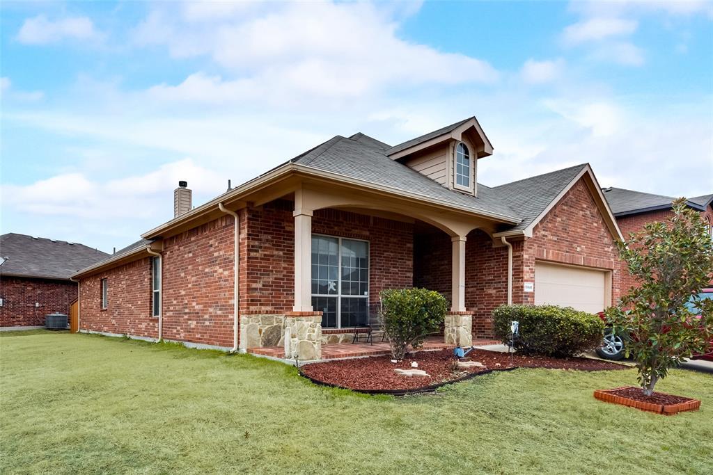 10928 Hawks Landing Road, Fort Worth, Texas 76052 - acquisto real estate best allen realtor kim miller hunters creek expert
