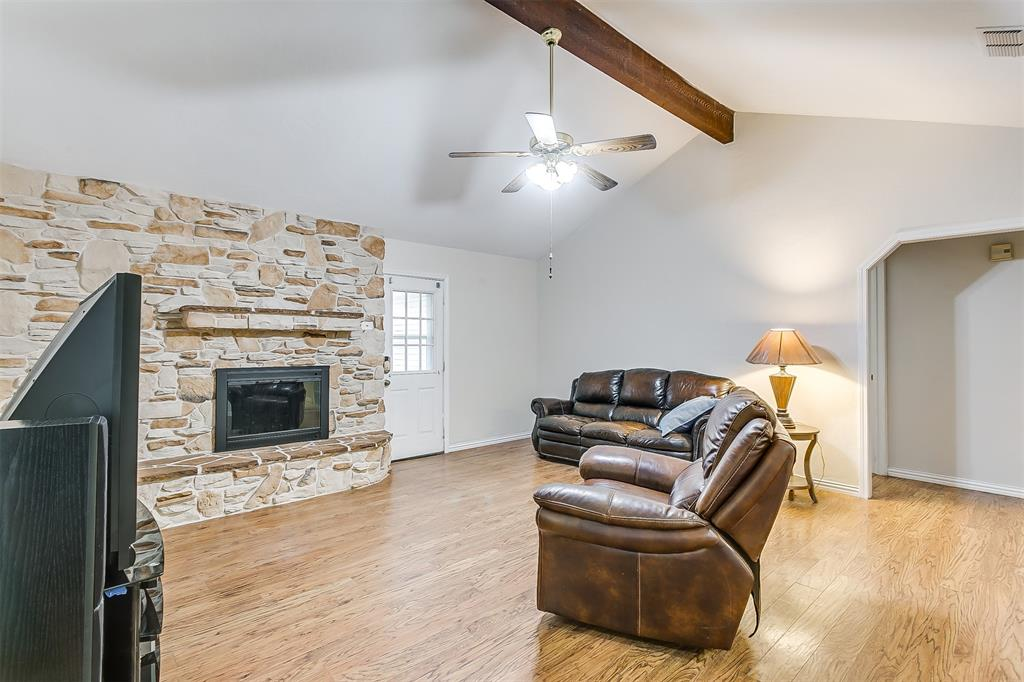 603 Pleasant Manor Avenue, Burleson, Texas 76028 - acquisto real estate best luxury buyers agent in texas shana acquisto inheritance realtor